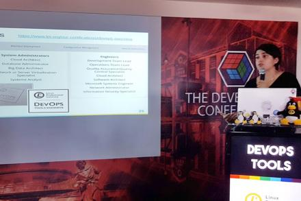 Gabriela Dias, a long time LPI collaborator, talking about the DevOps Tools Engineer exam at The Developer's Conference